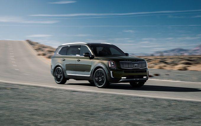 Эксперты назвали лучший автомобиль 2020 года - впечатляющие фото