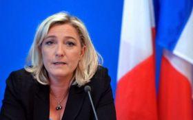 """В офисе французской """"подруги Путина"""" провели обыск: появились подробности"""