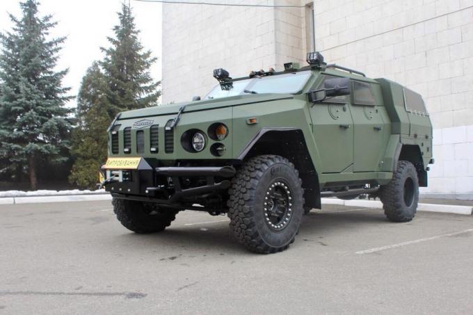 В Україні створили нові бронеавтомобілі для Нацгвардії: з'явилися фото (1)