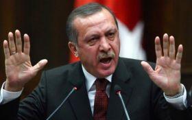 """""""Наше терпіння не безмежне"""": Ердоган почав погрожувати США"""