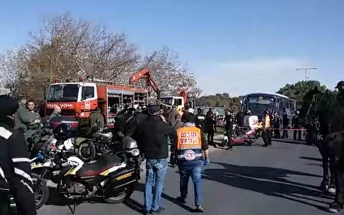 В Израиле водитель грузовика раздавил солдат: появилось видео