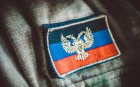 На Донбассе задержали женщину, которая докладывала боевикам ДНР о позициях сил АТО: появилось видео