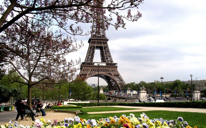Принцесу Саудівської Аравії обікрали на мільйон євро в центрі Парижа