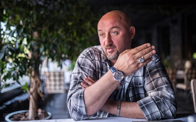 Его Надя покусала: слова известного гонщика о войне на Донбассе возмутили соцсети