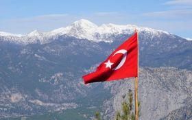 Порушення карантину - які жорсткі штрафи ввели у Туреччині