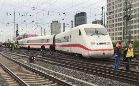У Німеччині сталася аварія із швидкісним потягом: з'явилися фото
