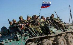 Жива сила і важка техніка: Росія ввела на Донбас нове підкріплення