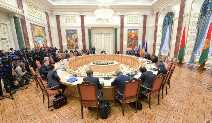 Боевики РФ требуют представительства в Раде Украины