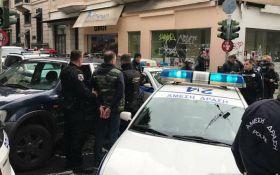 В Греции столкнулись российские и украинские футбольные фанаты: появилось видео