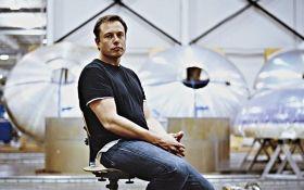 Маск сообщил о сокращении нескольких тысяч сотрудников Tesla: названа причина