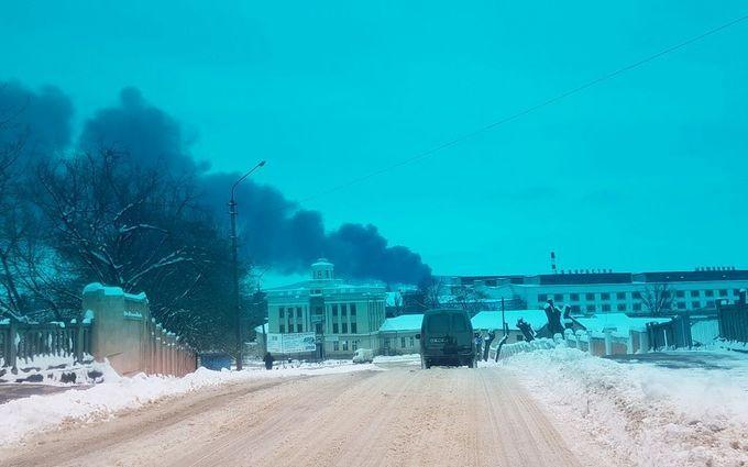 На одном из крупнейших рынков Украины произошел пожар: опубликованы видео
