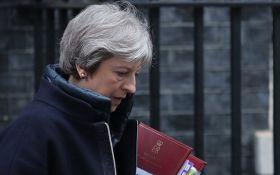 Тереза Мей виступила з важливою заявою перед парламентом з приводу удару по Сирії