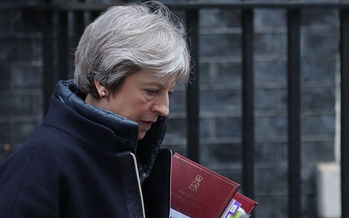 Тереза Мэй выступила с важным заявлением перед парламентом по поводу удара по Сирии