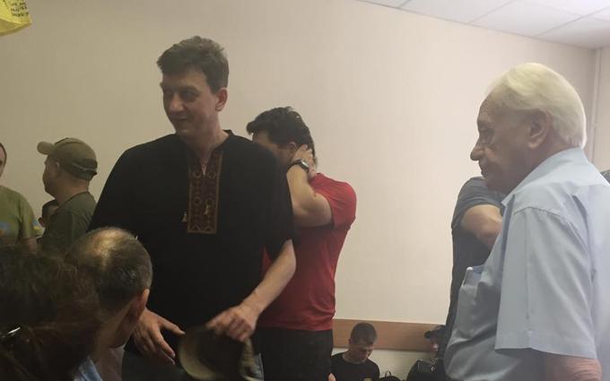 """Арест командира """"Айдара"""": от Порошенко требуют принять громкое решение"""