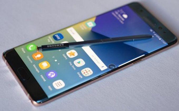 Скандал з популярними смартфонами: Samsung дав цікаву пораду власникам