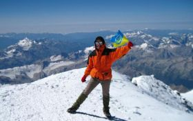 Украинка установила необычный рекорд на вершине Эвереста: опубликовано видео