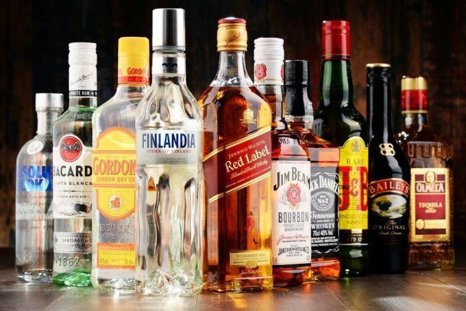 Вчені: алкоголь є причиною виникнення семи видів раку