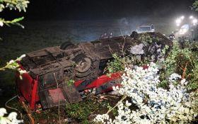 У Польщі розбився автобус з українцями, троє загиблих і більше 50 постраждалих: моторошні фото і відео