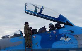Украинские пилоты потренировались воевать: появились яркие фото
