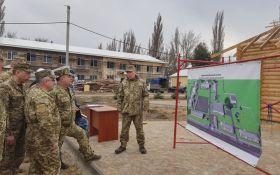 За стандартами НАТО: Порошенко показав новий комплекс для морських піхотинців