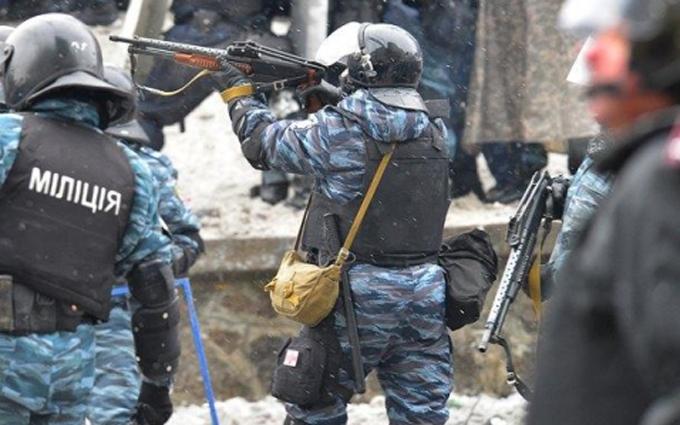 """У Луценка з'ясували, хто допоміг """"Беркуту"""" ховатися після Майдану"""
