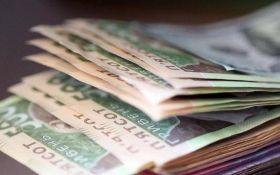 В Украине выросли средние зарплаты: названы цифры