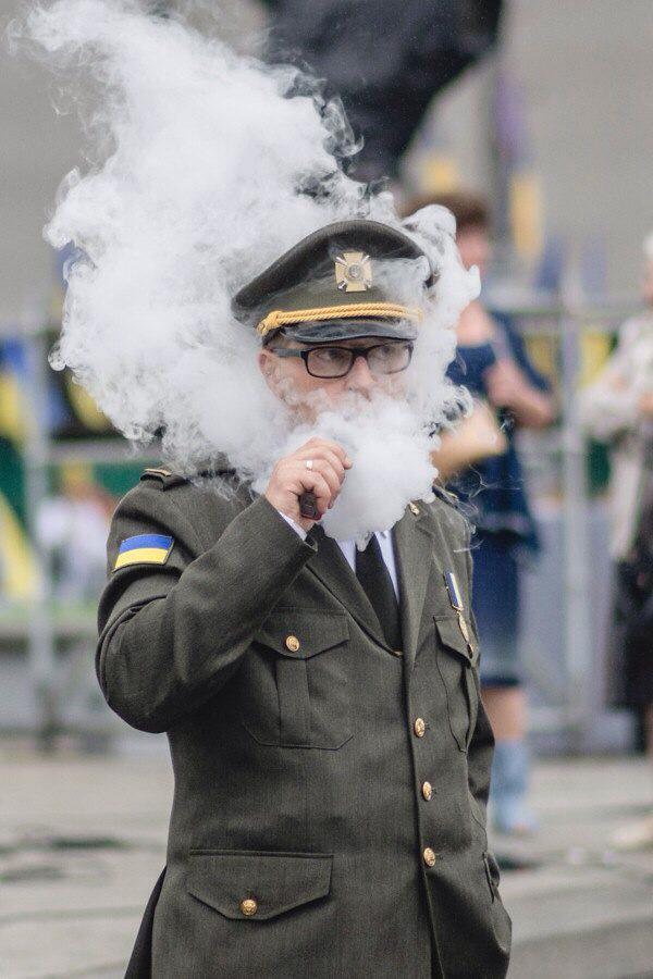 Модний український військовий став хітом соцмереж: опубліковано фото (1)