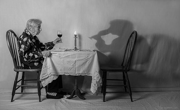 Сын снимает 93-летнюю мать, чтобы она чувствовала себя молодой: впечатляющие фото (1)