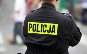 У Польщі невідомі побили українця прямо в трамваї