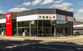 Хакери зламали Tesla для майнінгу криптовалюти