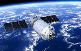 На Землю падает химическая космическая станция: названы сроки и последствия для людей