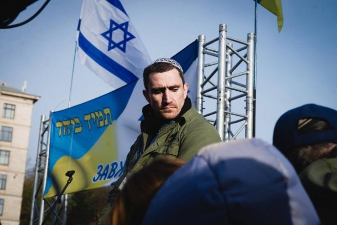 """Украина способна вернуть Донбасс силой и выгнать оттуда """"неопознанных зеленых человечков"""" - Цви Ариэли (1)"""