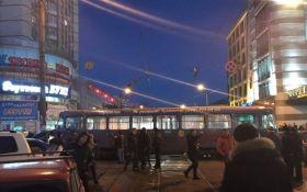 В Одессе трамвай устроил серьезное ДТП: опубликованы фото