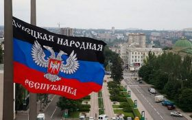 """Кремль нас зливає: в """"ДНР"""" істерика через рішення Москви"""