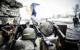 Ситуація на Донбасі загострюється: серед бійців АТО є поранені