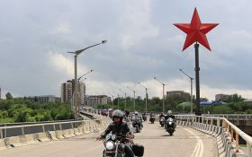 """Підрив сепаратистського монумента в Луганську: путінських байкерів """"вбило"""""""