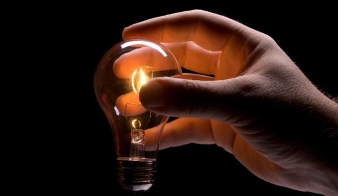 """В Севастополе планируют ввести режим подачи электричества по графику """"3 часа через 3"""""""