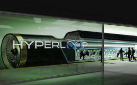 """Укрзализныця """"запустила"""" первый Hyperloop из Киева во Львов"""