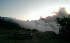 Під Львовом гасять нову пожежу на гігантському звалищі: з'явилися фото і відео