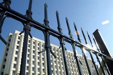 """ЦИКу придется исправлять """"абсурдности"""" Рады в обход закона"""