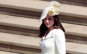 Звездный выход: Кейт Миддлтон покорила публику на свадьбе принца Гарри и Меган Маркл