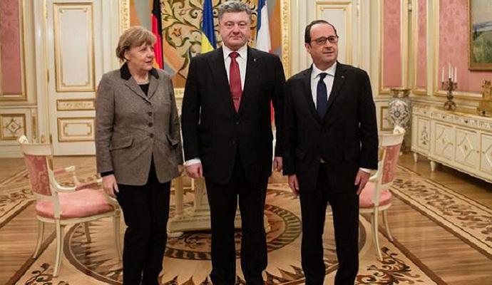 Порошенко, Меркель і Олланд обговорили виконання мінських домовленостей