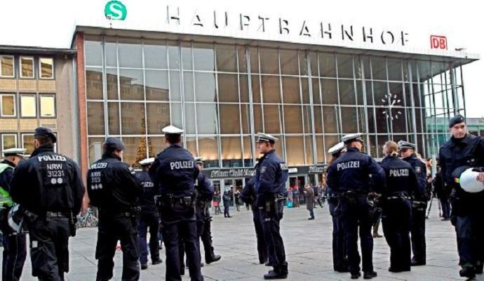 Совершавшие нападения в Кельне были мигрантами - МВД Германии