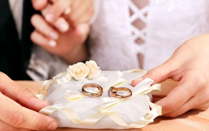 Інтернет вразило весілля, на яке ніхто не прийшов: зворушливі фото