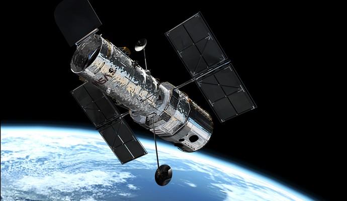 Хаббл сфотографировал галактику с крупной черной дырой в центре