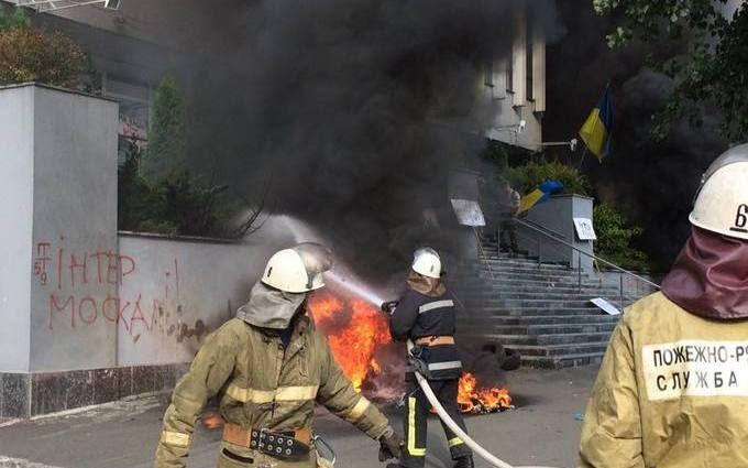 """Пожежа на """"Інтері"""": з'явилися нові фото, відео і дані про причини"""