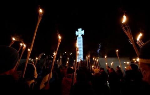 У Талліні пройшла смолоскипна хода проти міграції (3 фото)