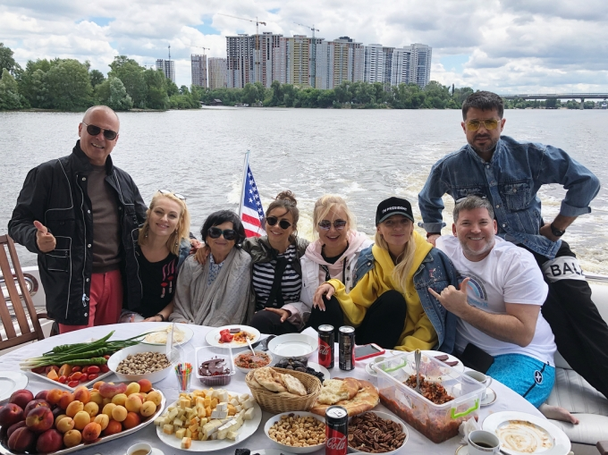Люблю Киев: Ани Лорак неожиданно приехала в Украину (1)