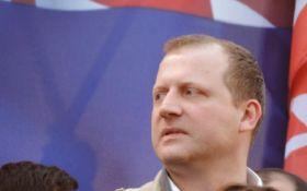 В Грузии кандидат в президенты разместил рекламу на порносайте - фото