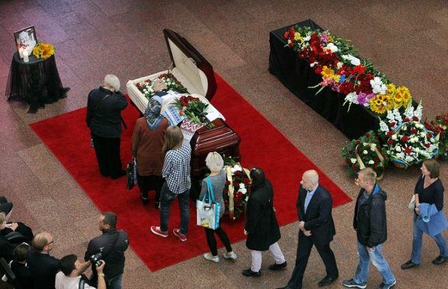 З убитим журналістом Шереметом прощаються в Мінську: з'явилися фото та відео (1)